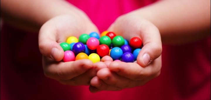 Faut-il laisser nos enfants manger des bonbons ?